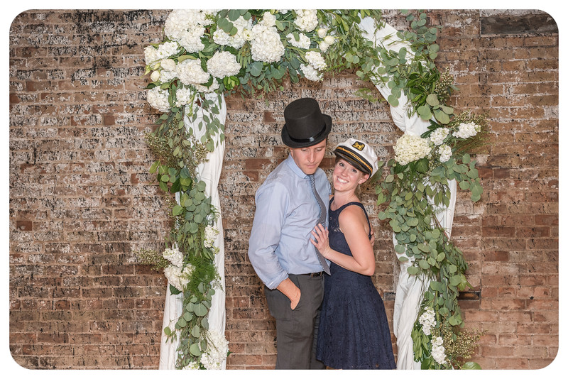 Laren&Bob-Wedding-Photobooth-111.jpg