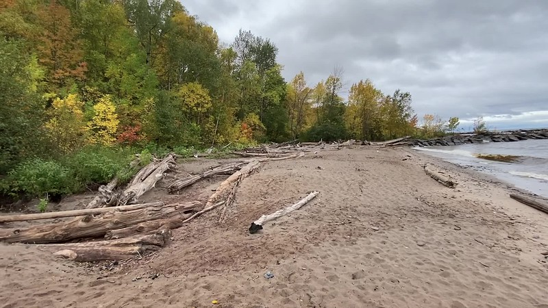 A 360 of the beach at Black River