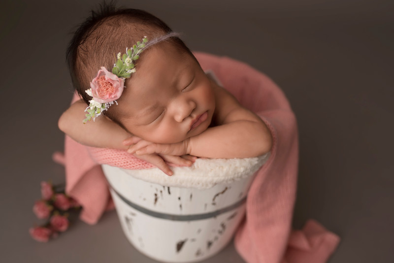 ELA_7630Olivia newborn photographer medford.jpg
