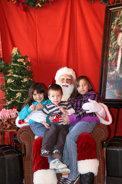 Santa Clause 27NOV2010-038.JPG
