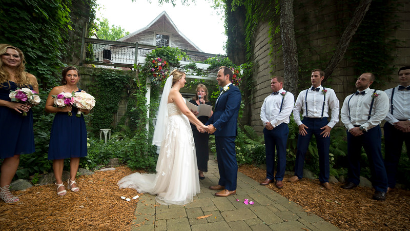 Garrett & Lisa Wedding (324).jpg