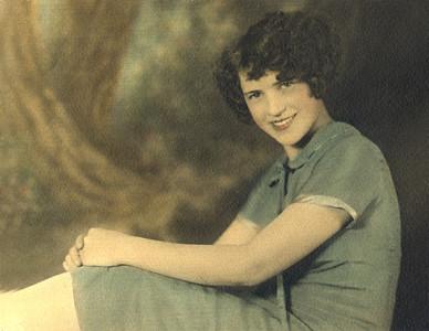 Laura Nelson Schloredt Carlson (Aunt)