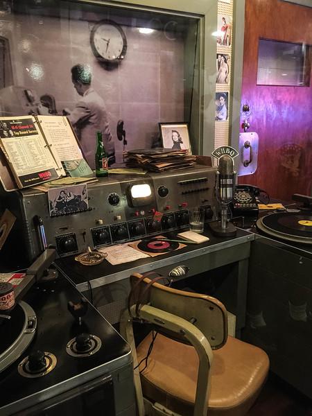 dewey phillips sun studio