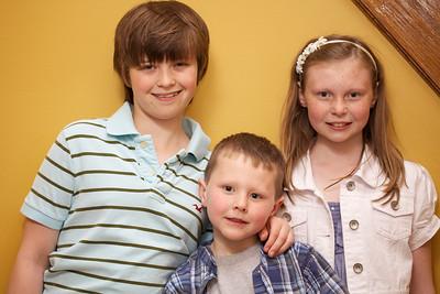 2010-05-07 Three cute kids