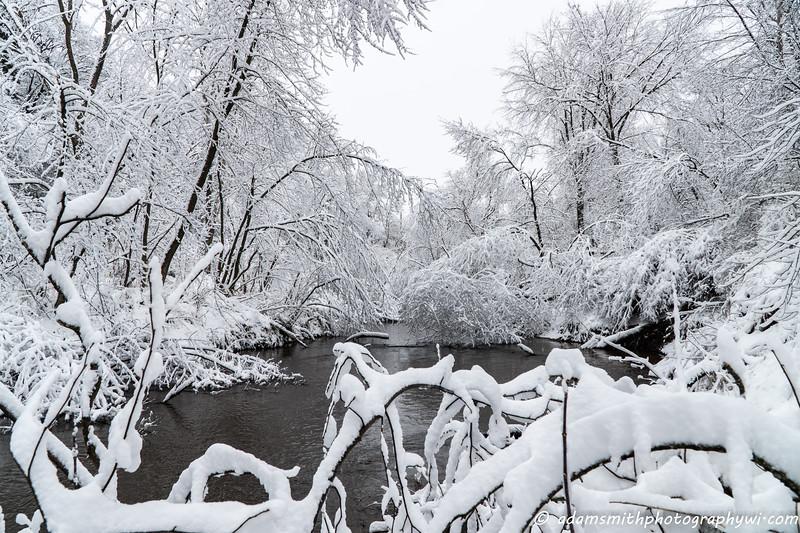 Spring_Snow_Eau_Claire-12.jpg