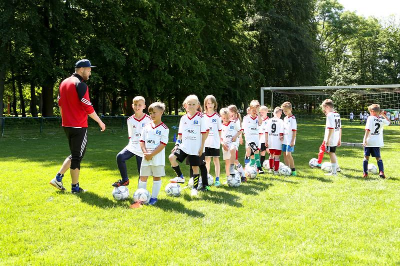 hsv_fussballschule-368_48047996143_o.jpg