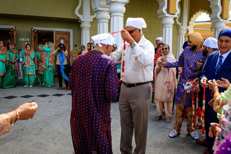 Neelam_and_Matt_Gurdwara_Wedding-1274.jpg