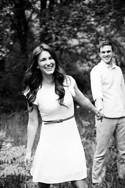 mountain-themed-engagement_photography-Holly_Ryan-001_121 copybw (4).jpg