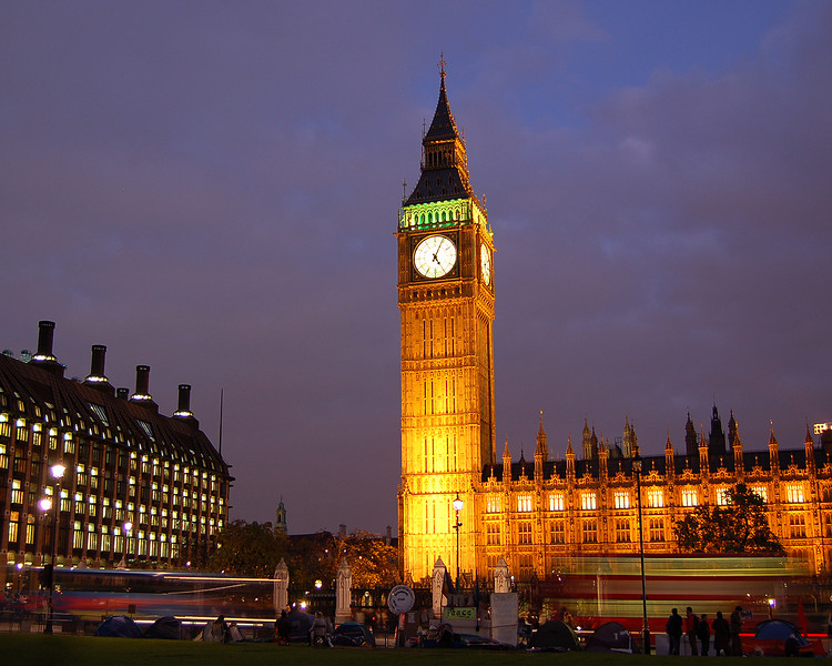 Big Ben and Parliament Square