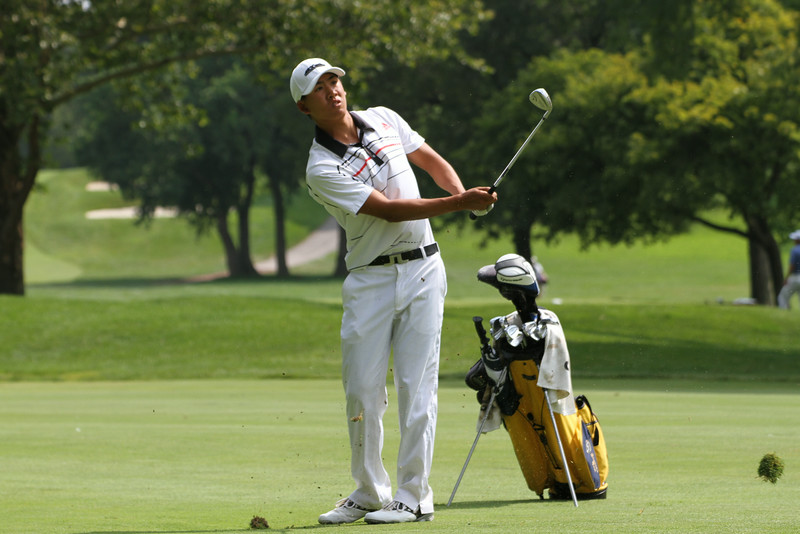 Shotaro Ban of San Jose, California chips onto the green during the second round of the 2014 Western Amateur.