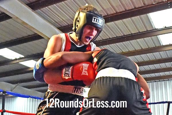 Bout 6 Alex Vereshchagin, United BC -vs- Kris Knuckles, Cleveland BC, 178 lbs, Novice