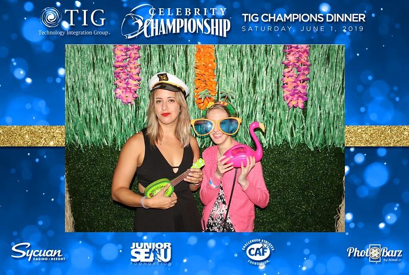 Celebrity Golf Sat Night2.jpg