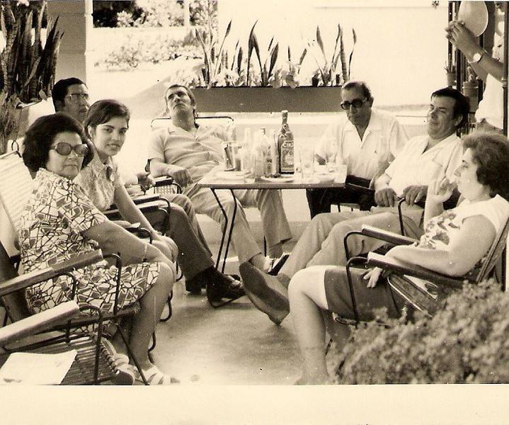 Dundo 1971 (?)- Manuela Viriato, Elisa Pereira, Aires Marques , Simões Pedalada, Viriato, António Simões e esposa