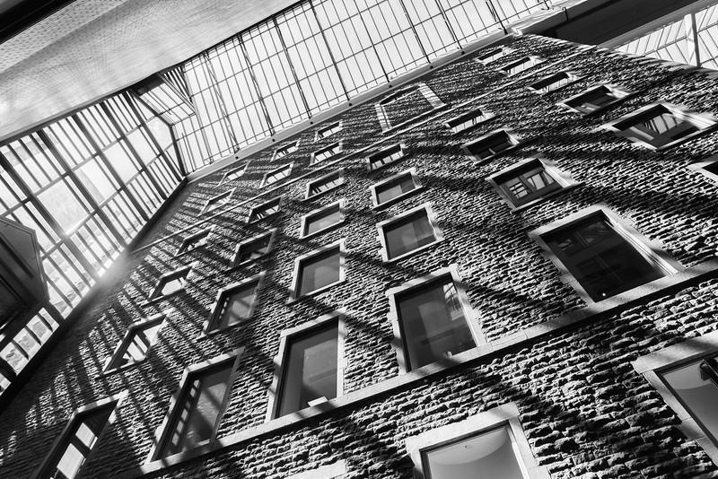17_04_09 palais de congres 3158-HDR-Edit.jpg