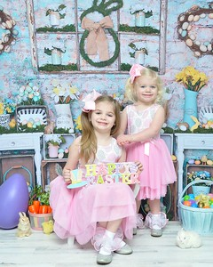 Madison and Scarlet Easter 2020