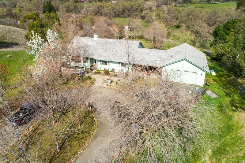 3165 Meadow Creek Ln-13.jpg