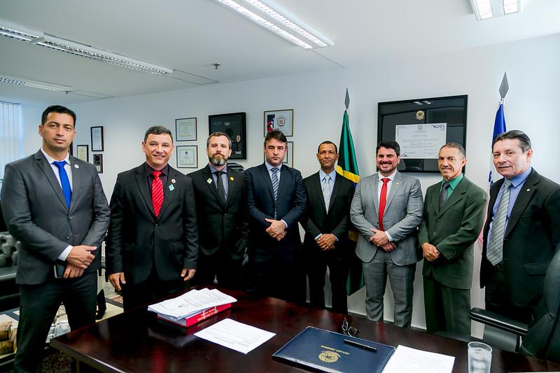 110719 - Gabinete - Policiais - Senador Marcos do Val_2.jpg