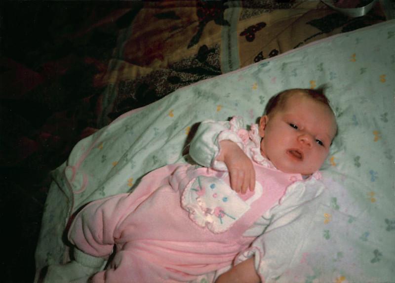 Jenna at 3 Weeks-1.jpg