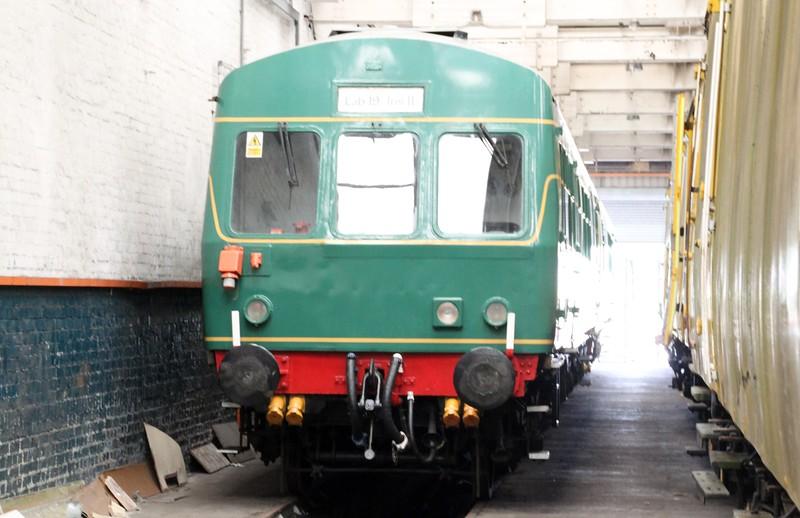 Class 101 DMU 53222_53338    14/06/14