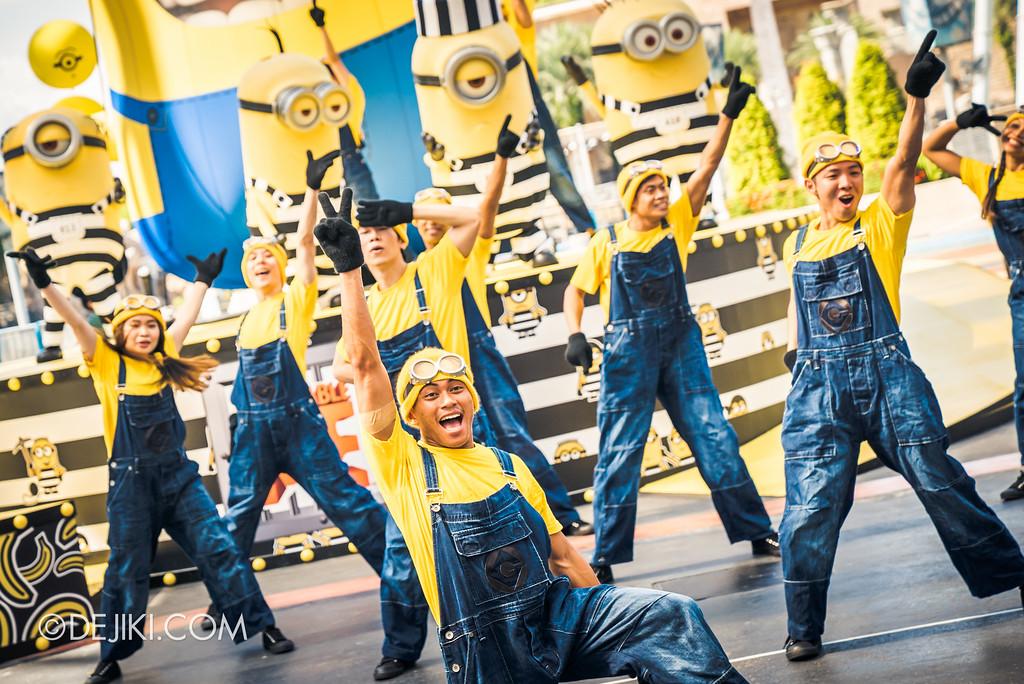 Despicable Me Breakout Party at Universal Studios Singapore / Minion Mob finale close-up