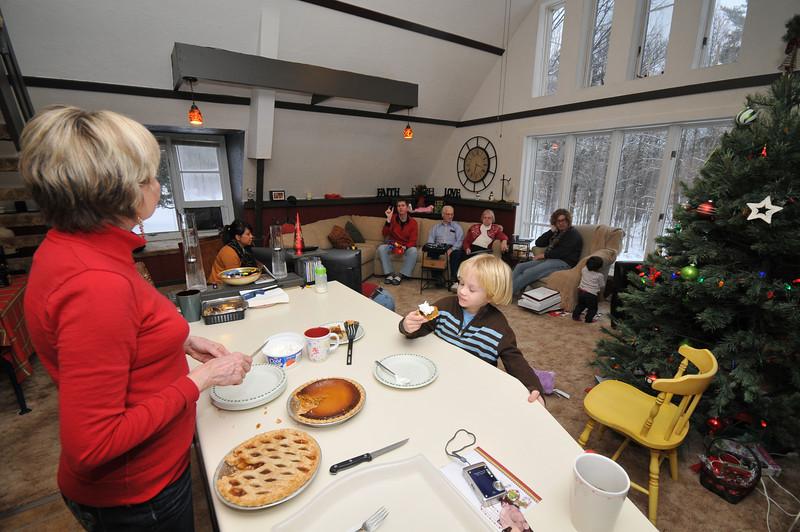 2012-12-29 2012 Christmas in Mora 035.JPG