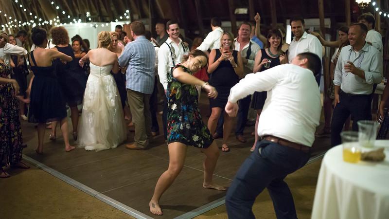 Garrett & Lisa Wedding (932).jpg
