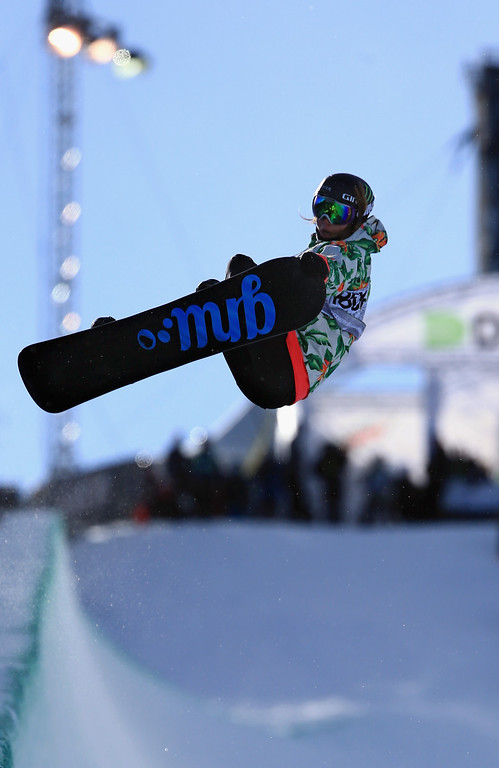 . Kaitlyn Farrington in action as she finished fifth in the women\'s snowboard superpipe final at the Dew Tour iON Mountain Championships on December 14, 2013 in Breckenridge, Colorado.  (Photo by Doug Pensinger/Getty Images)
