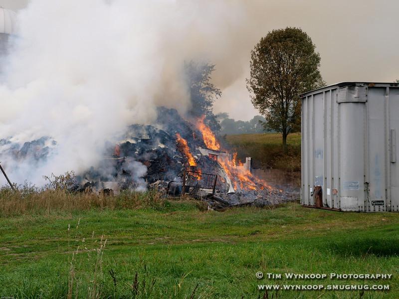 Lone Pine Farm Barn Fire. Buckhorn Drive, White Township, NJ 8/15/2008