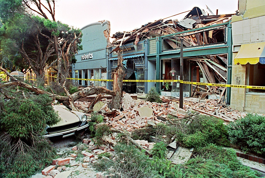 . Rubble fills the sidewalk in front of a street mall in Santa Clara 18 October 1989 in San Franciso after a quake rocked the city 17 October,  (JONATHAN NOUROK/AFP/Getty Images)