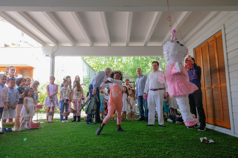 Auntie Wah's & Uncle Ed's Annual Easter Egg Hunt 2017-44.jpg