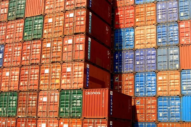 De kleurrijke wereld van Shipping Containers over onze aardbol