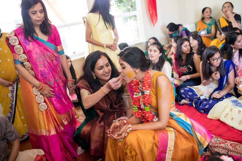 Hina_Pithi_Pooja-237.jpg