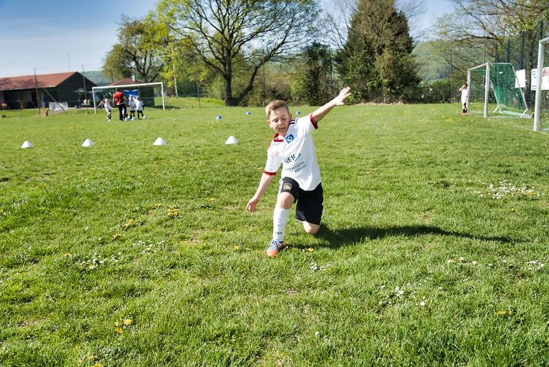 hsv-fussballschule---wochendendcamp-hannm-am-22-und-23042019-w-28_33853874598_o.jpg