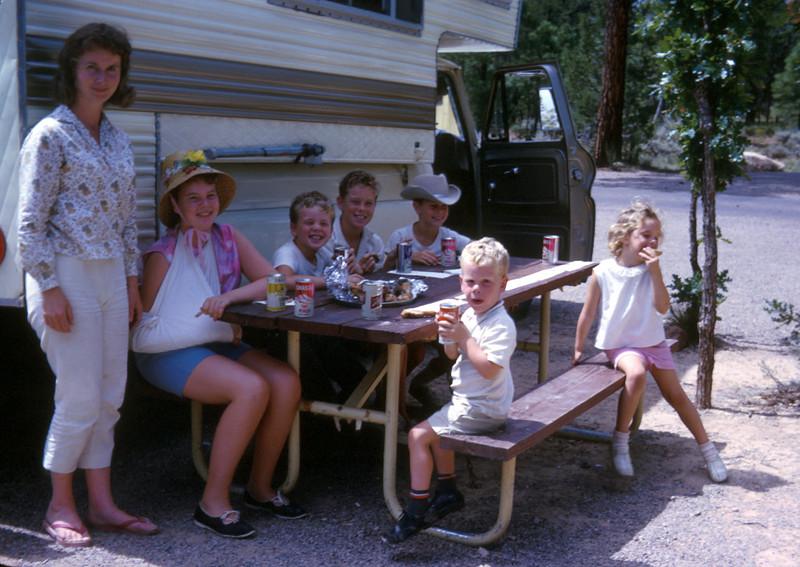 0917 - Family (9-66).jpg