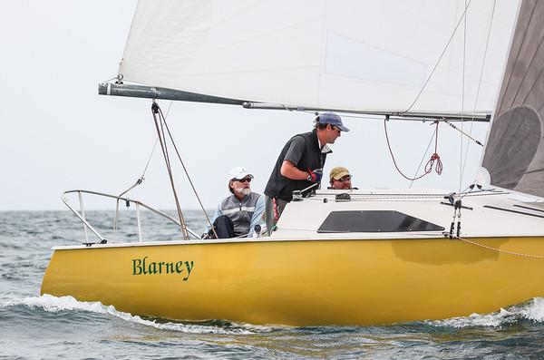 Cal Yacht Club Sun. Martin 242