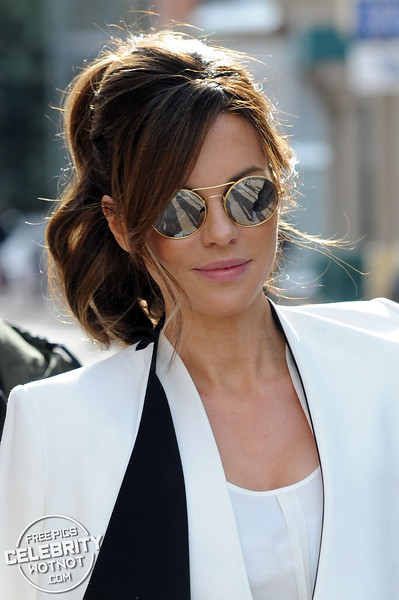 Kate Beckinsale Stylish In alice + olivia Collar Coat and JBrand Leather Leggings, Utah