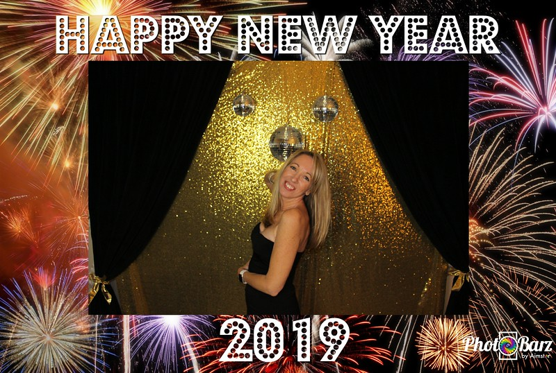 New Years 2019 Photobooth Pics (92).jpg