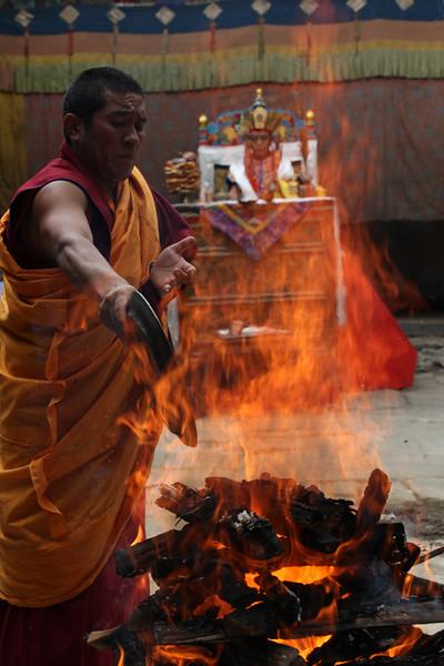 Jinsak, The Fire Puja