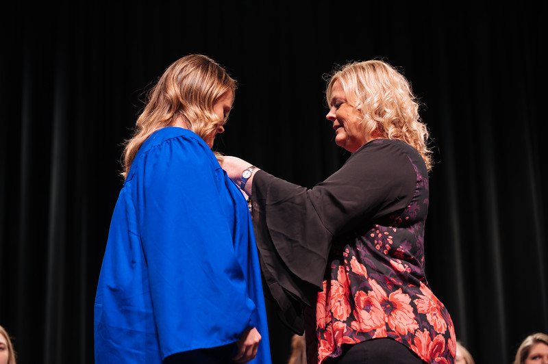 20191213_Nurse Pinning Ceremony-3736.jpg