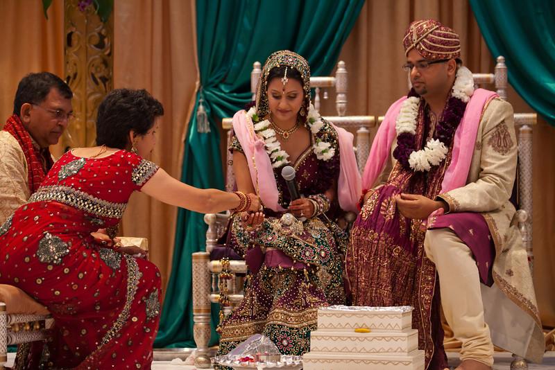 Shikha_Gaurav_Wedding-1060.jpg