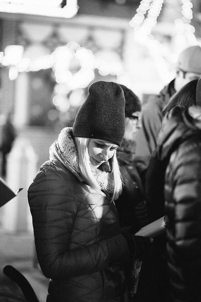 MD Lincoln Square Caroling Soirre 2014-33.jpg