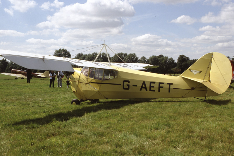 G-AEFT-AeroncaC3Collegian-Private-Woburn-1998-08-15-FH-46-KBVPCollection.jpg