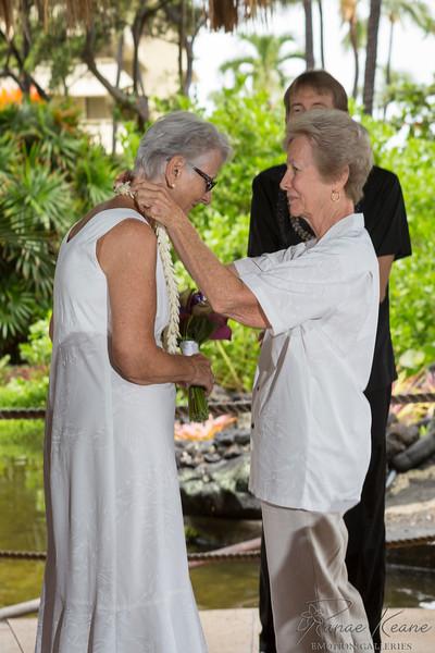 028__Hawaii_Destination_Wedding_Photographer_Ranae_Keane_www.EmotionGalleries.com__141018.jpg