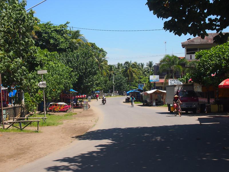 P4096531-beach-road.JPG