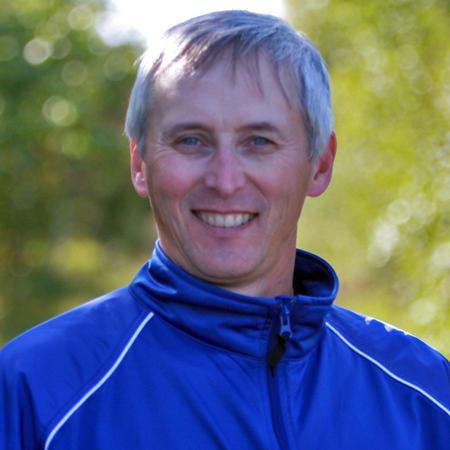 Head Coach Dick Moss.jpg