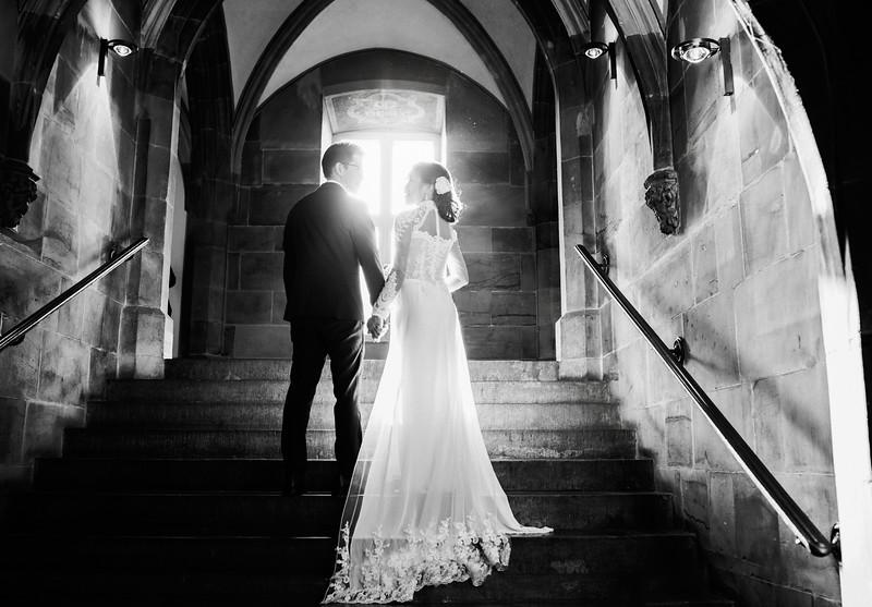 Hochzeitsfotograf-Hochzeit-Destination-Wedding-Photographer-Luxemburg-Elopement-Ngan-Hao-20 (2).jpg