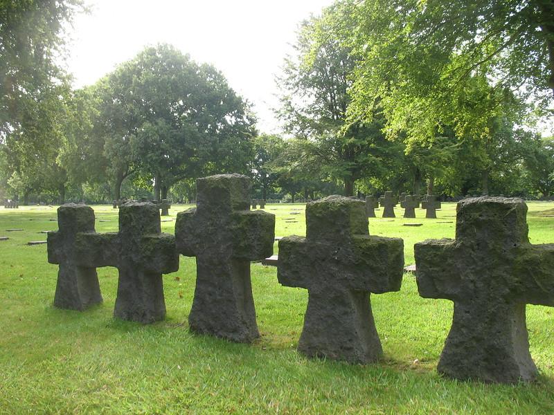 LaCambe German Cemetery - Mimi Nenno