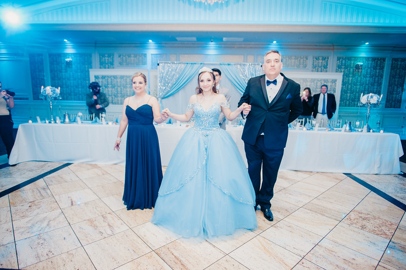 First Dance Images-146.jpg