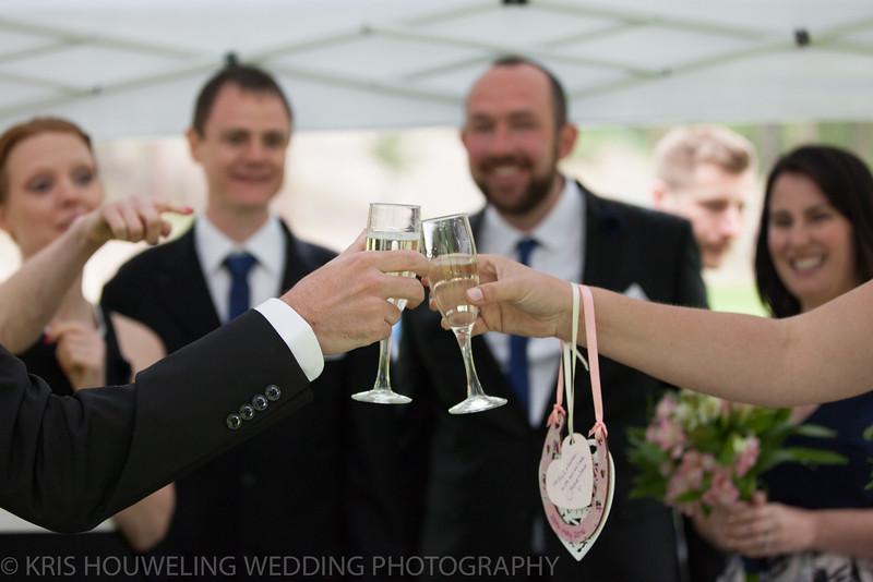 Copywrite Kris Houweling Wedding Samples 1-73.jpg
