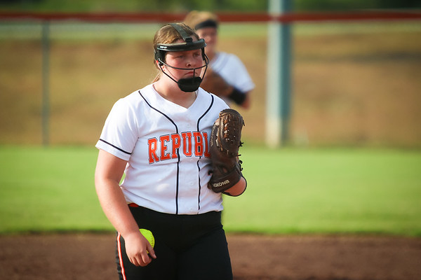 20170831 Varsity Softball vs Carl Junction
